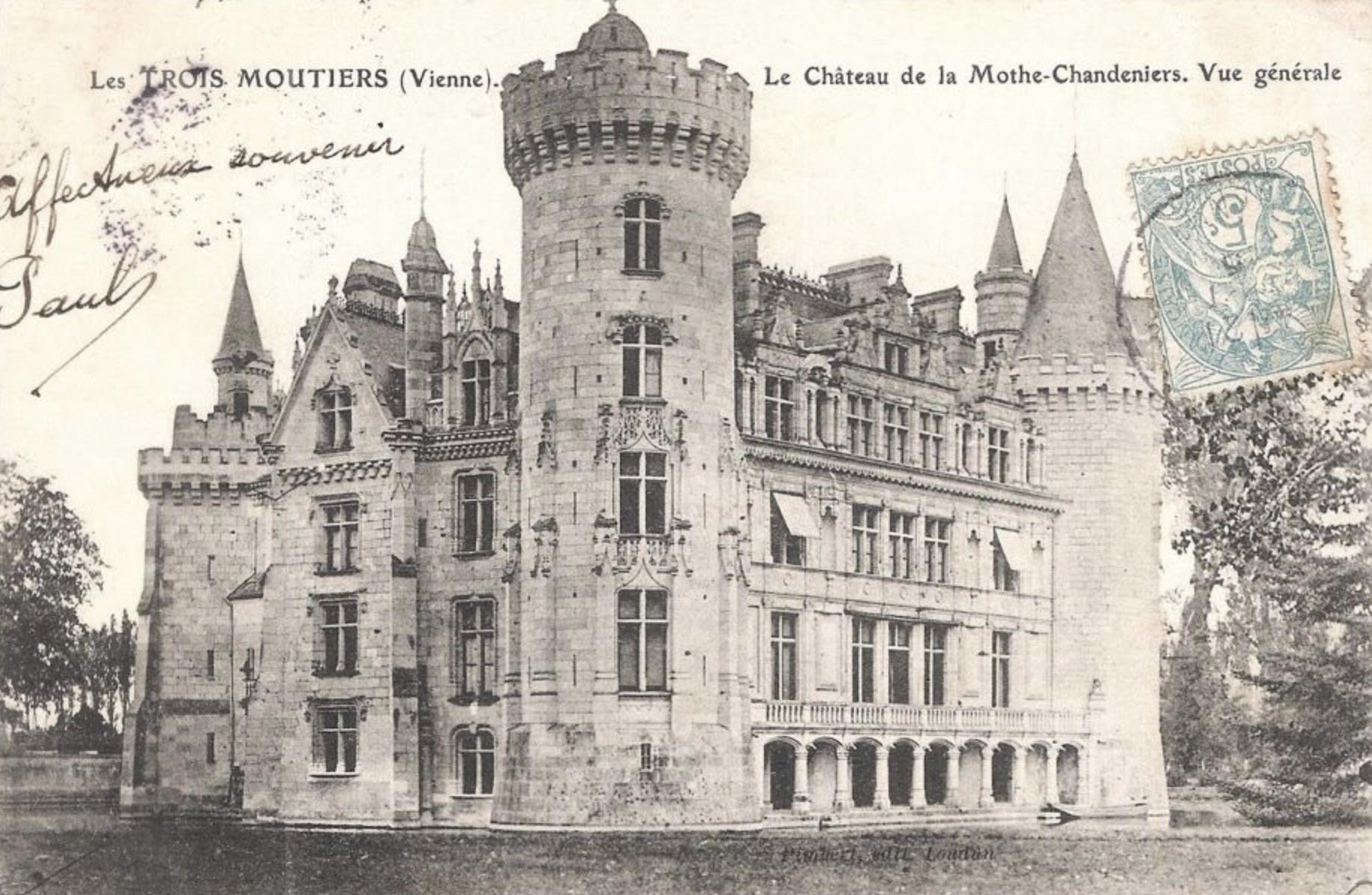 Château de la Mothe Chandeniers, château en ruine, superbe château, Jean-Baptiste Chauvin photographe