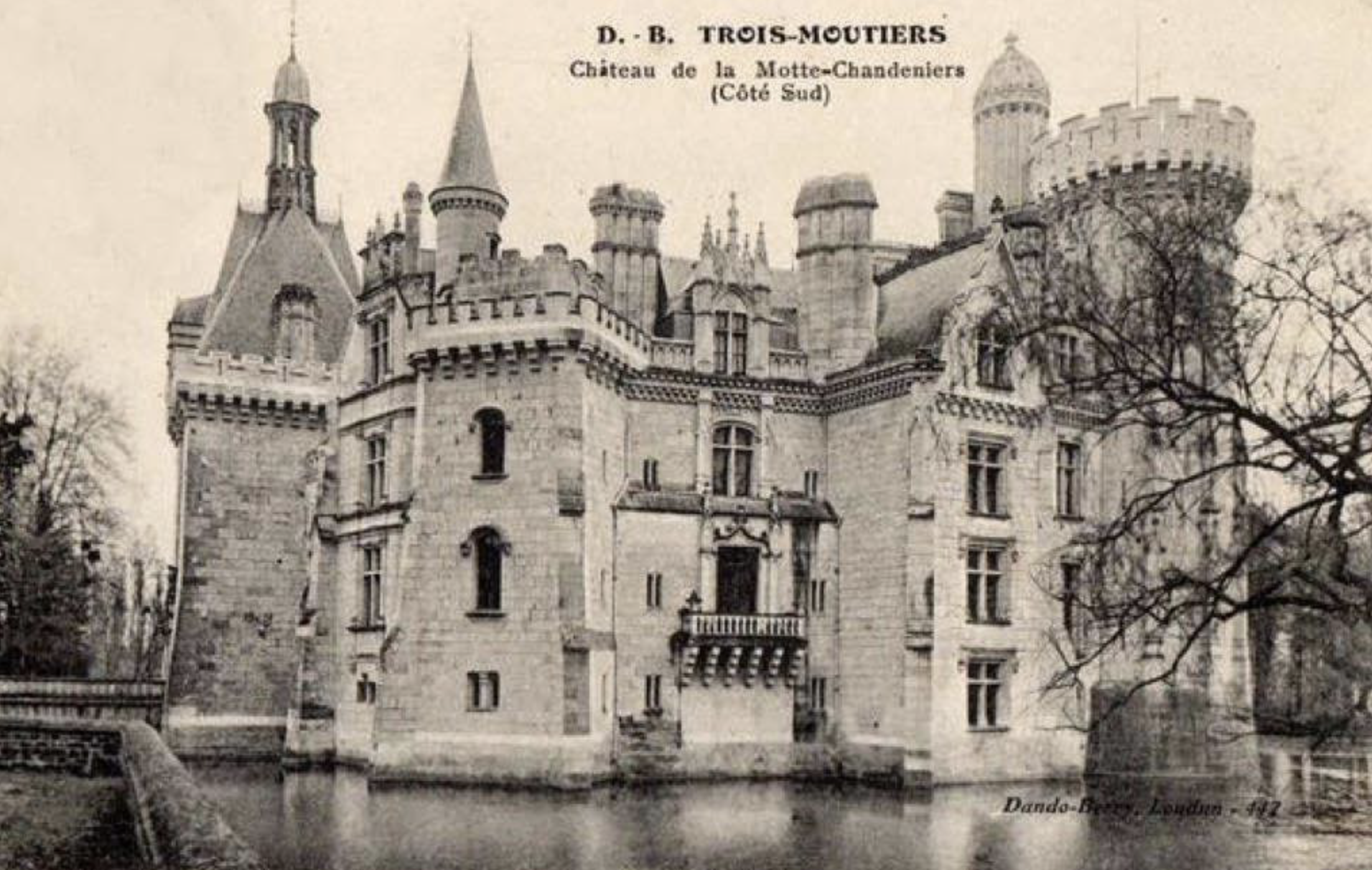 Château de la Mothe-Chandeniers, château en ruine, superbe château, Jean-Baptiste Chauvin photographe